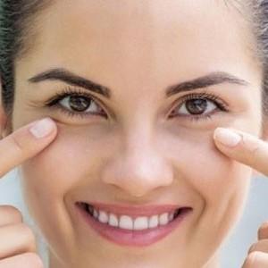 göz çevresi kremlerinin etkileri, göz çevresi bakımı, göz çevresi kremi faydası