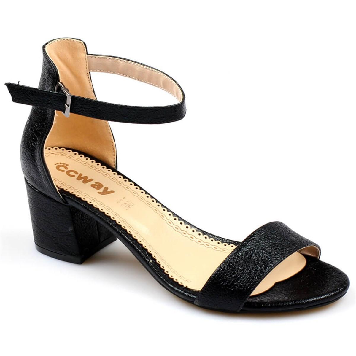 Kadının bitmeyen tutkusu ayakkabı!